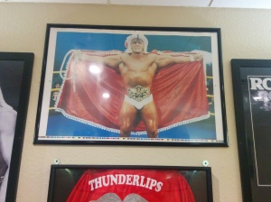 Picture of Hulk Hogan hanging at Hogans Beach Tampa.
